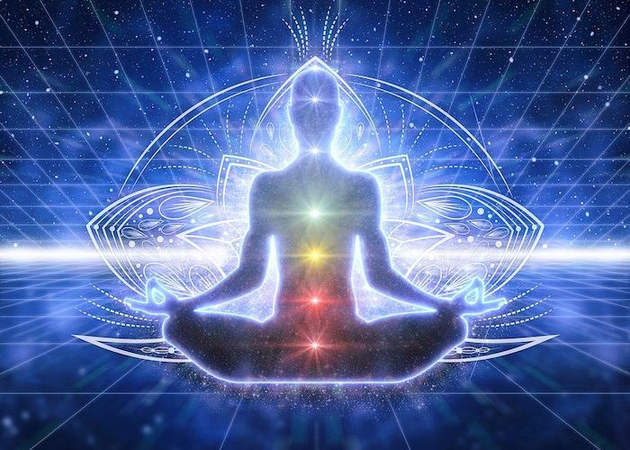 https://jabali-coaching.de/wp-content/uploads/2020/01/aura-chakra-reading-larissa-jabali-700x500.jpg